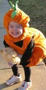 Madeleine as a little pumpkin - Page 4 Pum1_zps8923fb5a