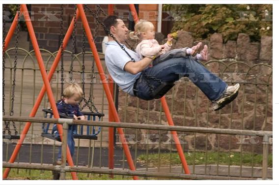 Swinging in Rothley...? Swi_zpsi89ihhab