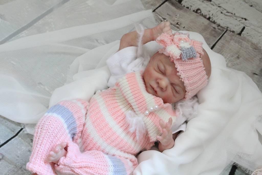 My Baby Rosebud is on Ebay $0.99 ** NO RESERVE** IMG_7157