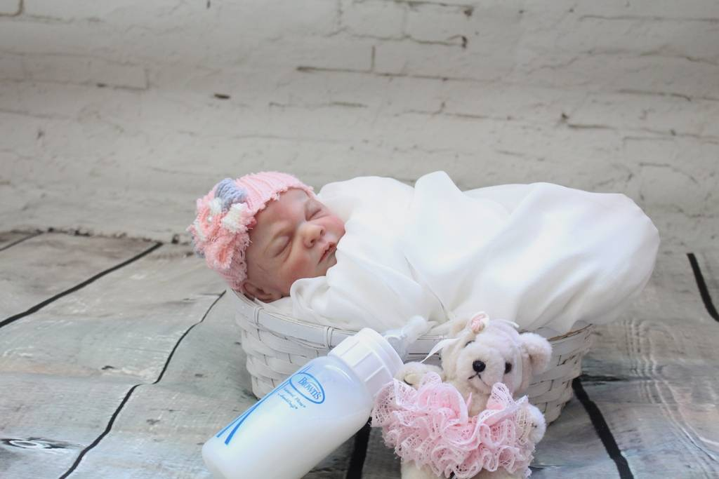 My Baby Rosebud is on Ebay $0.99 ** NO RESERVE** IMG_7173