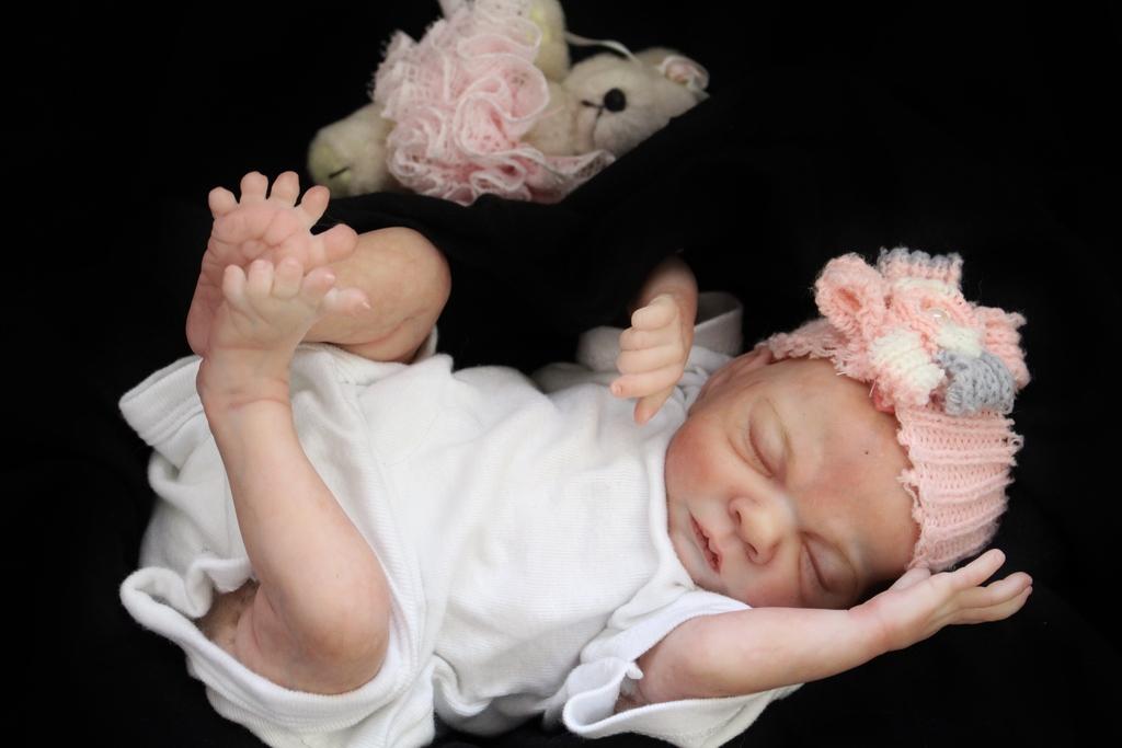 My Baby Rosebud is on Ebay $0.99 ** NO RESERVE** IMG_7194
