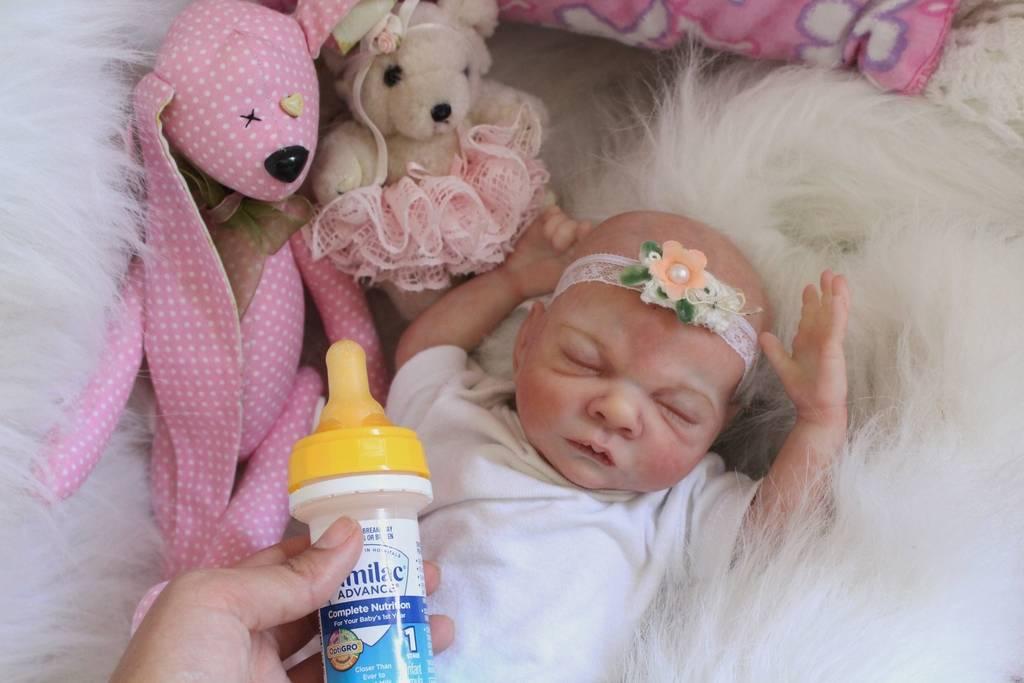 My Baby Rosebud is on Ebay $0.99 ** NO RESERVE** IMG_7216