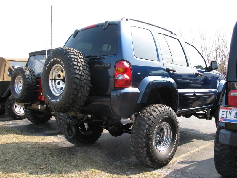 ...e io che pensavo di avere la jeep rialzata... DavidsSFA006
