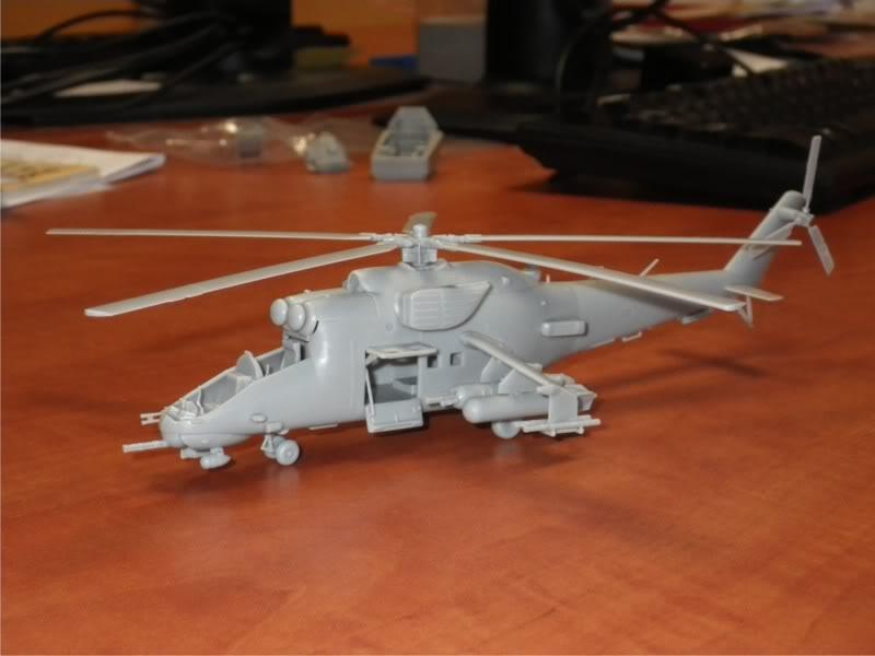 Mi-24 im Anflug Foto3
