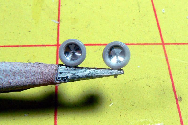 Tips & tricks 8 :Making headlights P1000524