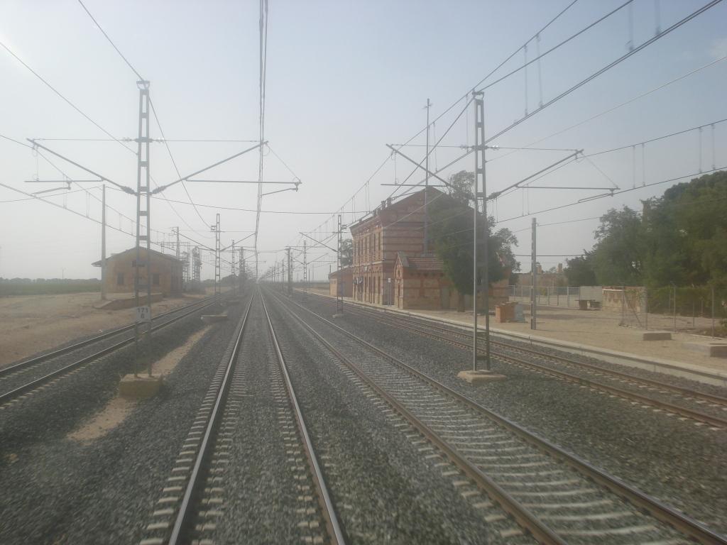 Línea Alcázar de San Juan-Chinchilla-Alicante/Valencia/Cartagena DSC00013-1