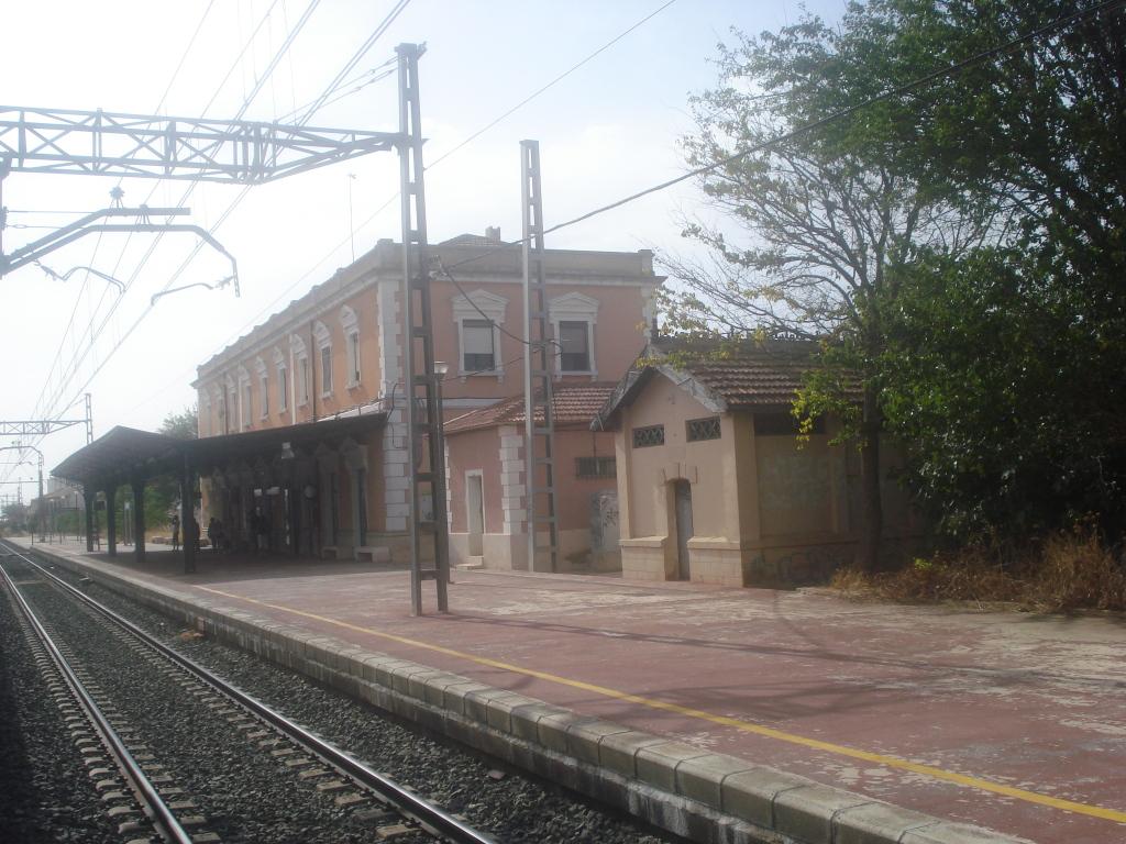 Línea Alcázar de San Juan-Chinchilla-Alicante/Valencia/Cartagena DSC00014-1