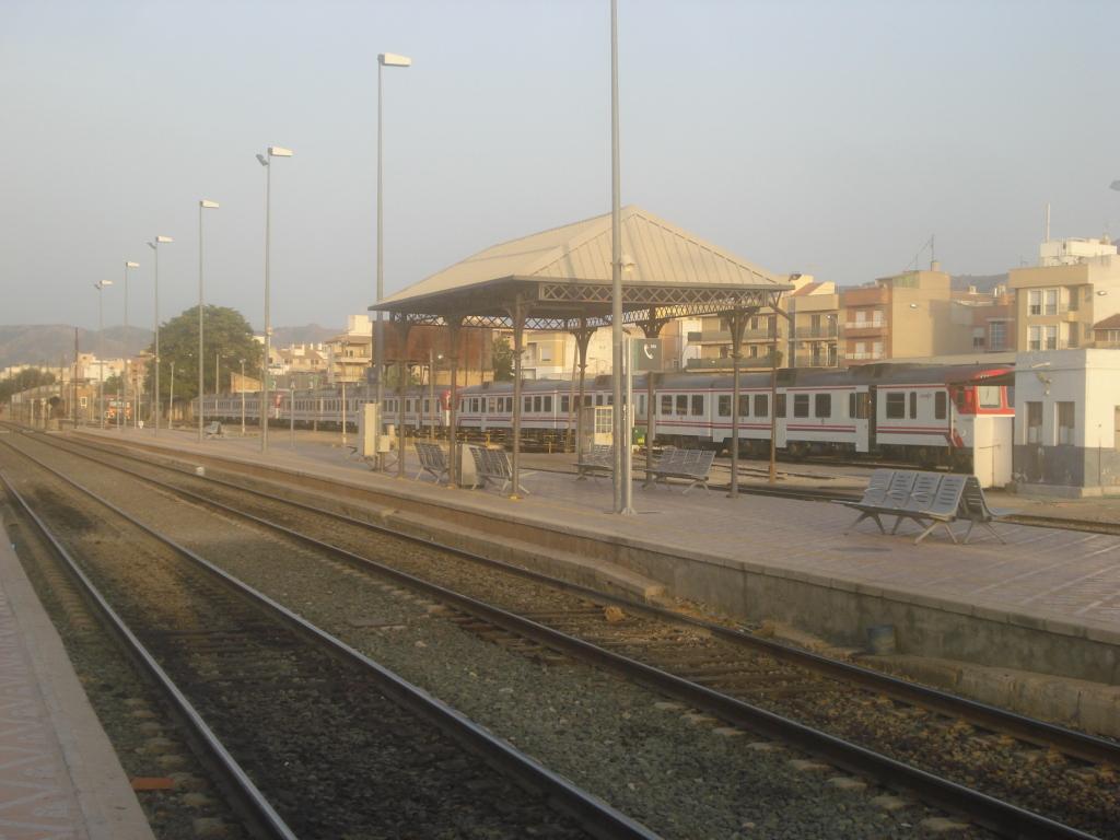 Cercanías Murcia/Alicante - Página 3 DSC00026