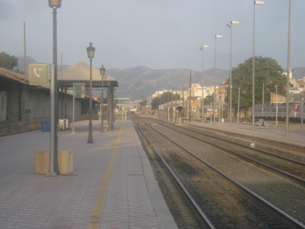 Cercanías Murcia/Alicante - Página 3 DSC00027