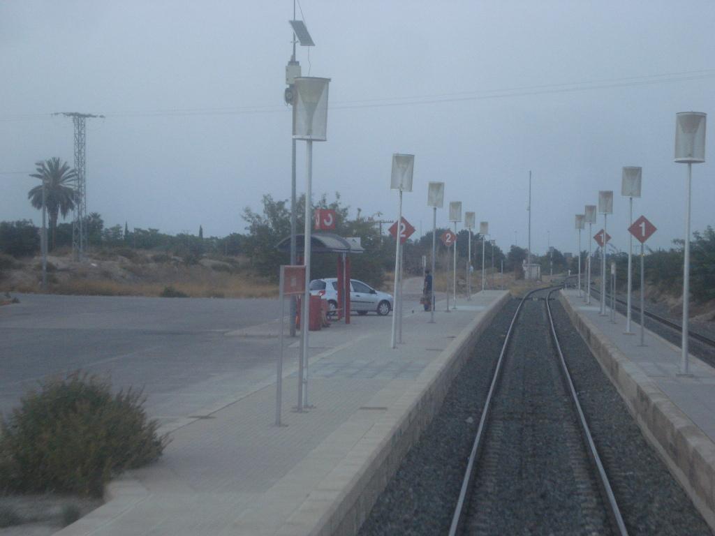 Cercanías Murcia/Alicante - Página 3 DSC00035