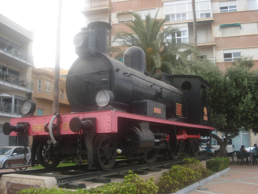Reapertura del tramo Guadix-Baza-Puerto Lumbreras - Página 3 DSC00044