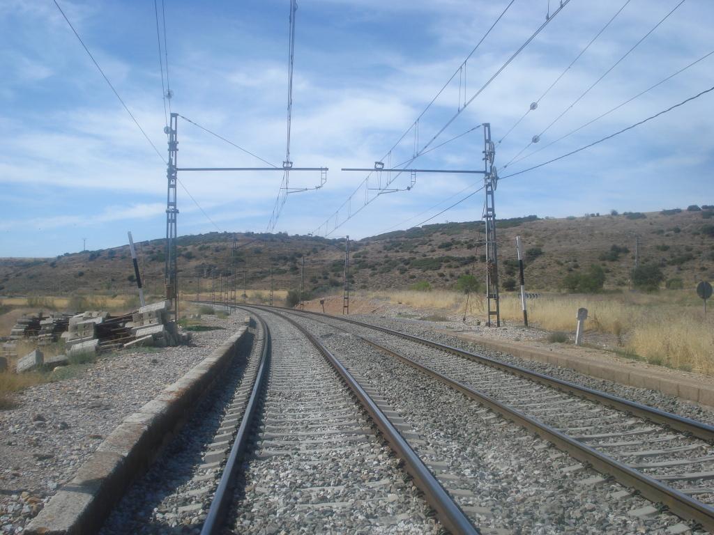 Línea Madrid-Guadalajara-Zaragoza-Tarragona-Barcelona (Ancho Nacional) - Página 2 DSC00493_zps8a585622
