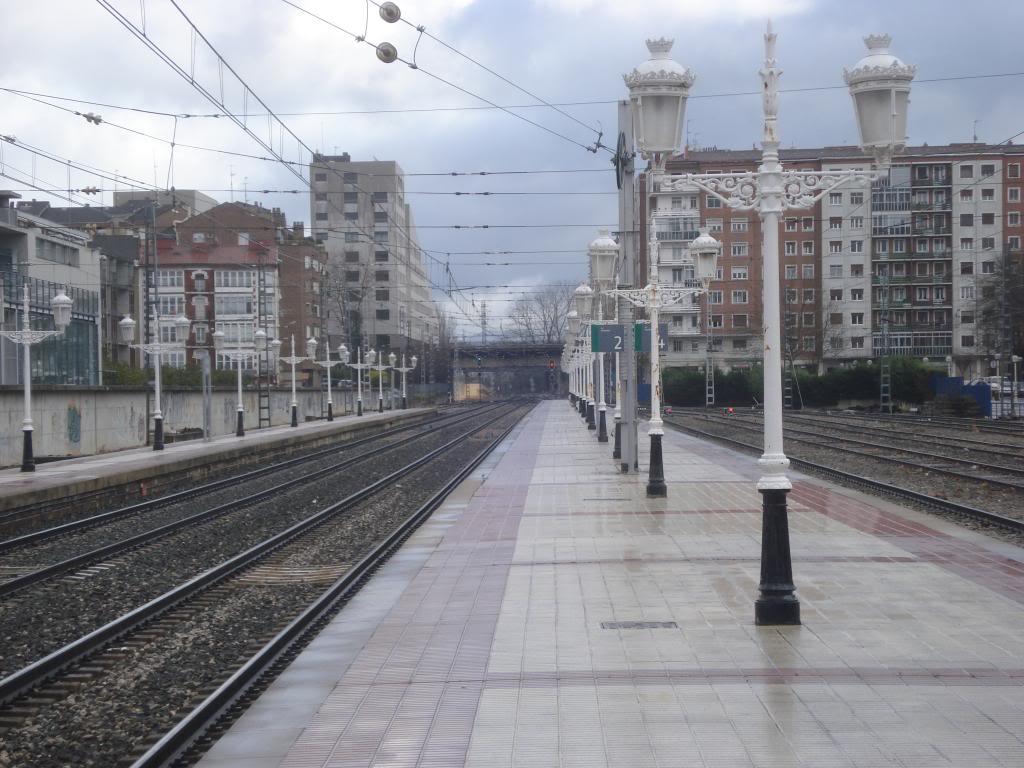 Línea Imperial (Madrid - Irún) - Página 4 DSC01547_zpscba7eee0