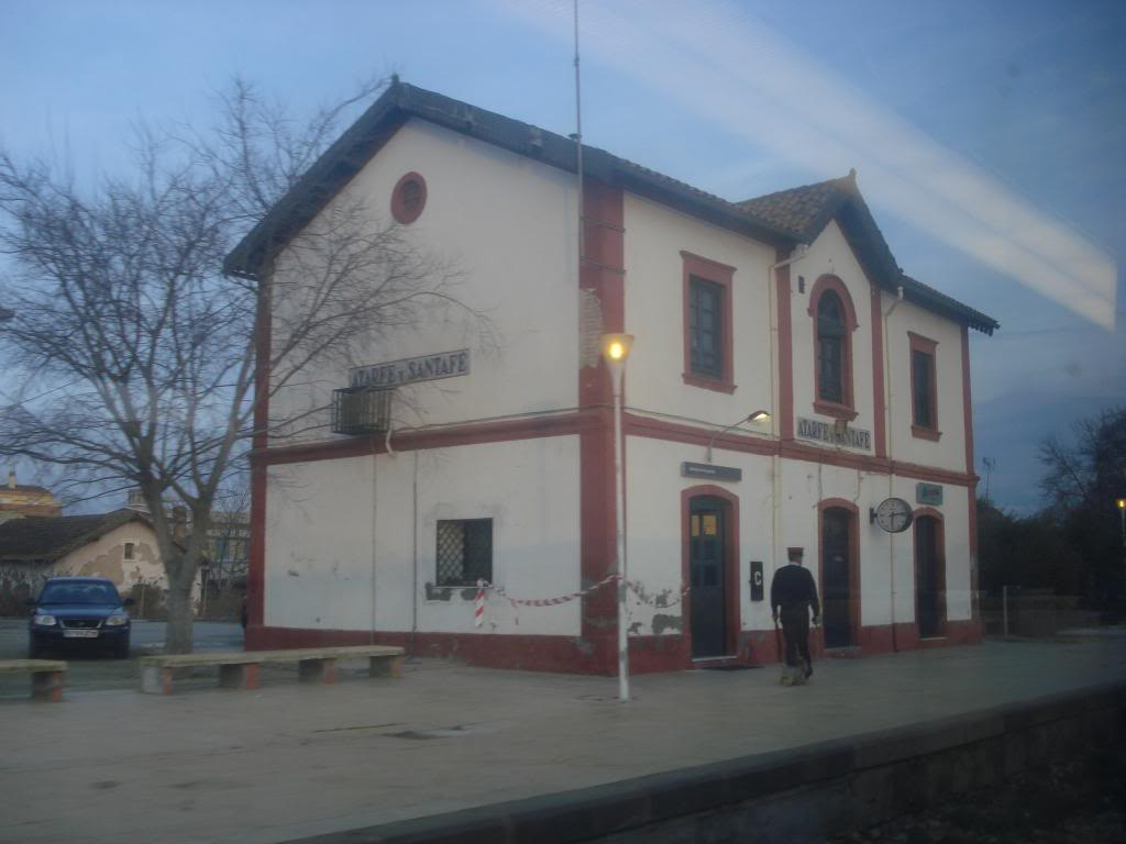 El nocturno..Granada-Barcelona DSC02023_zps482f22d1