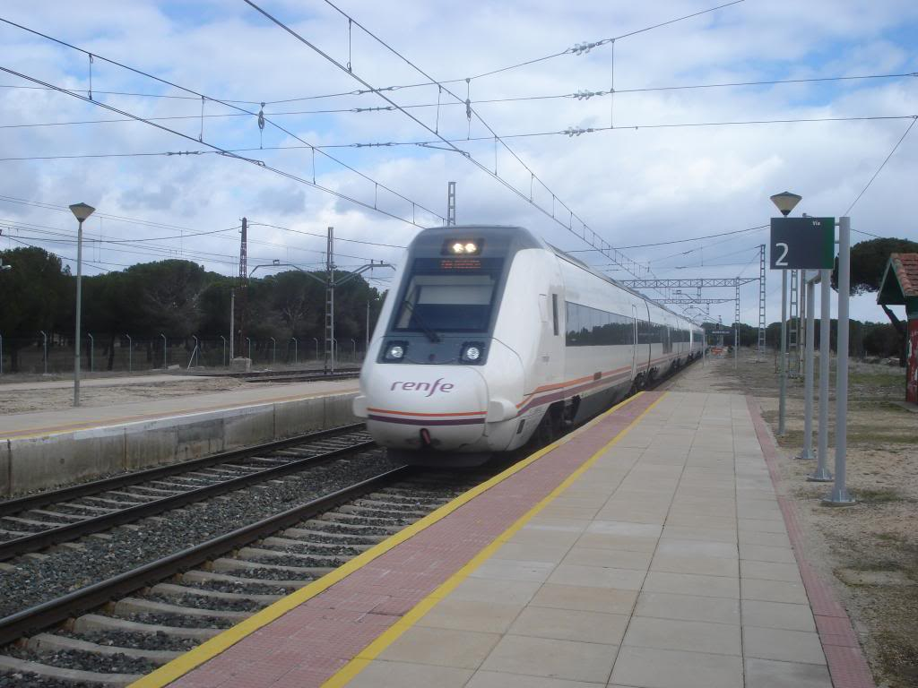 Línea Imperial (Madrid - Irún) - Página 4 DSC02335_zps09aa209e