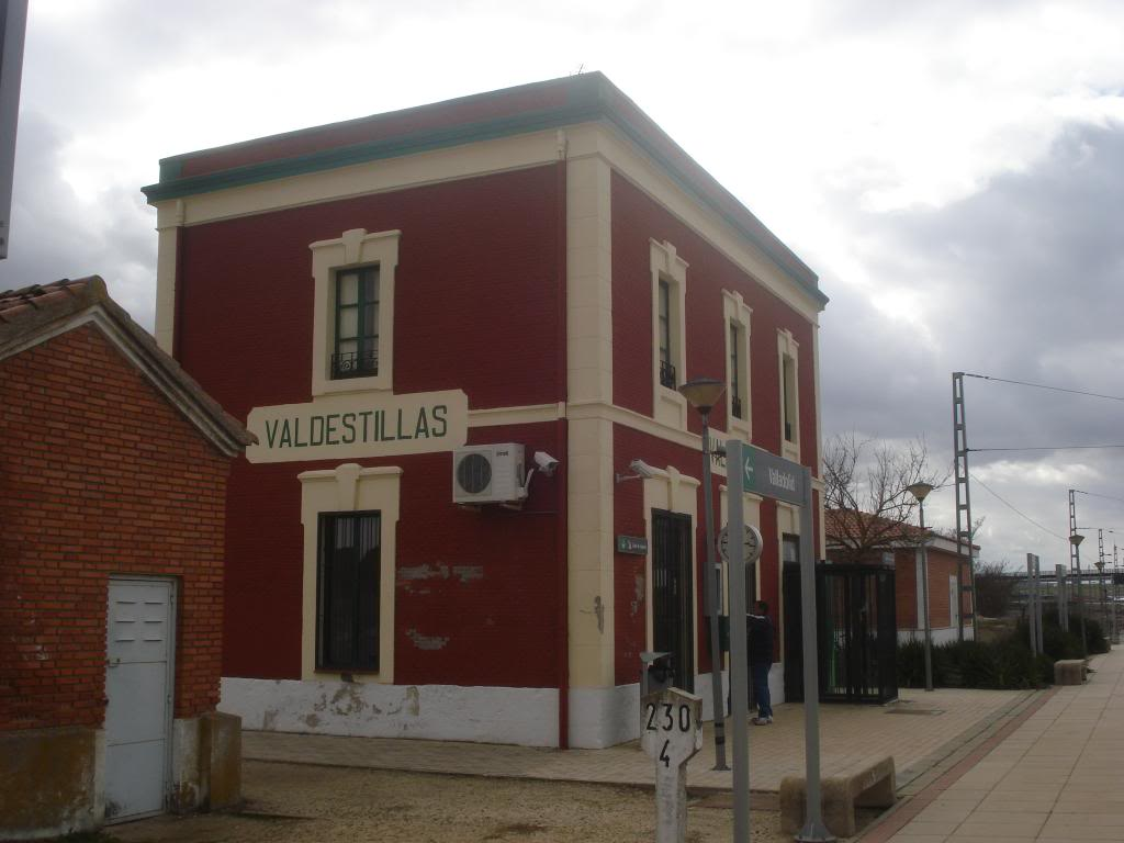 Línea Imperial (Madrid - Irún) - Página 4 DSC02351_zpsc6a6190c