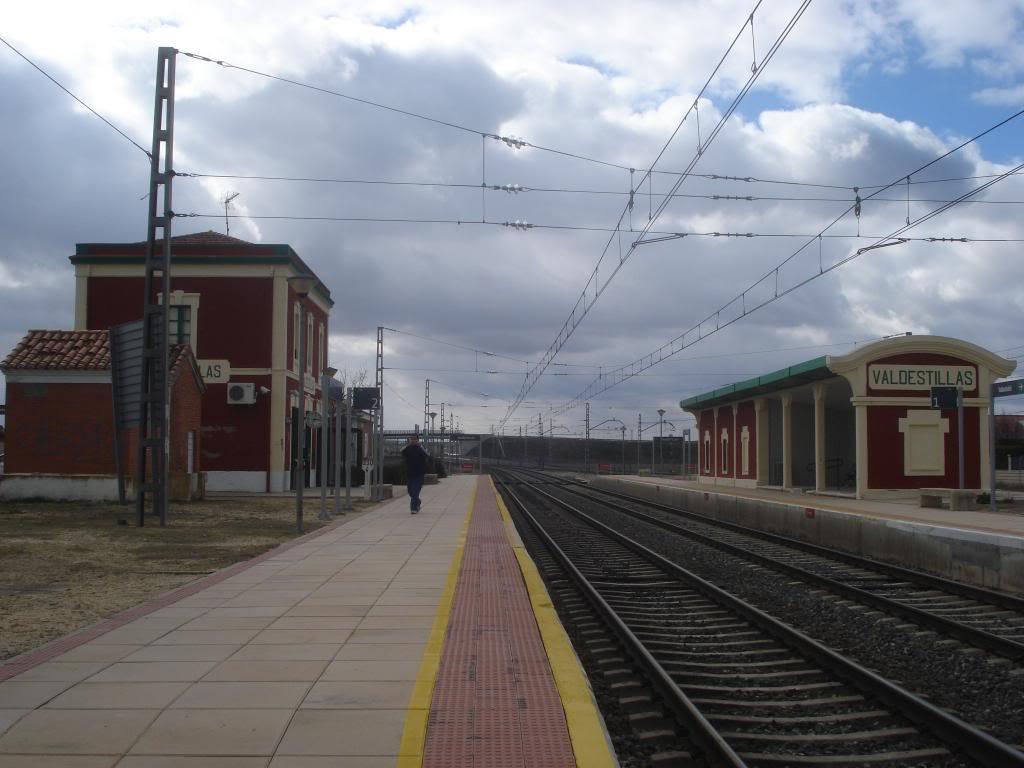 Línea Imperial (Madrid - Irún) - Página 4 DSC02355_zpsf2a2bbfc