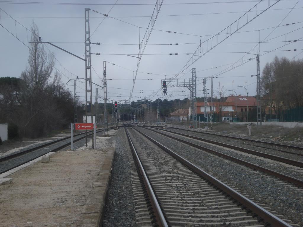 Línea Imperial (Madrid - Irún) - Página 4 DSC02373_zps6c614a77
