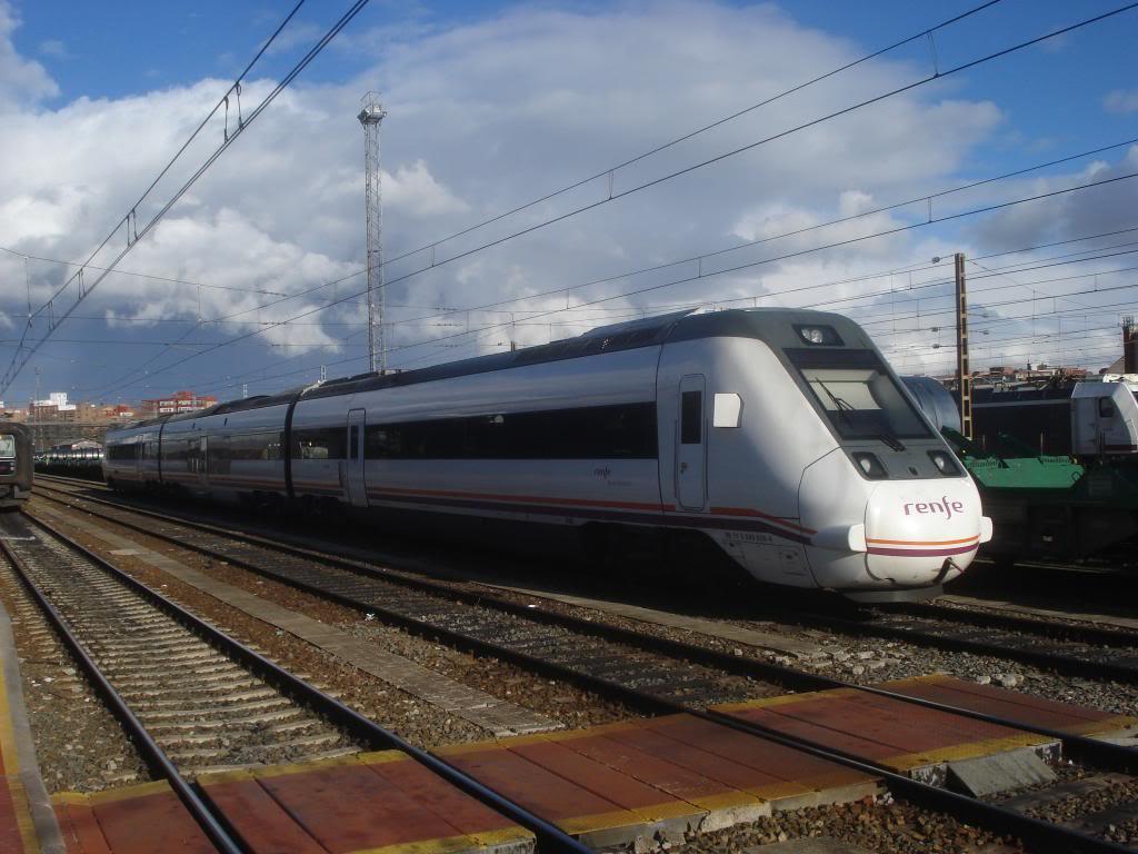 Línea Imperial (Madrid - Irún) - Página 4 DSC02423_zps3535ce65