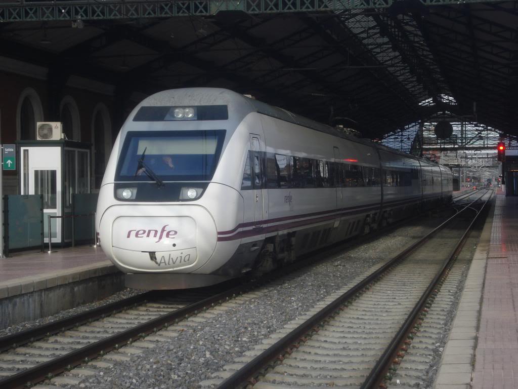 Línea Imperial (Madrid - Irún) - Página 4 DSC02434_zps07895b22