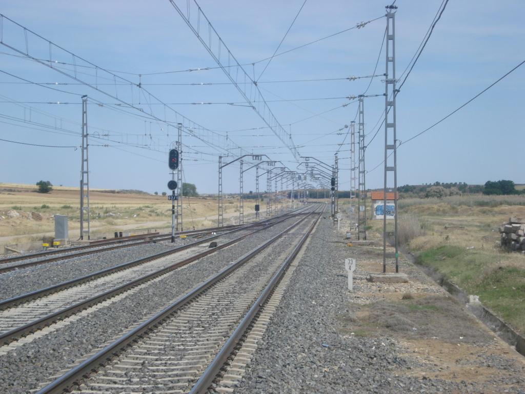 Línea Madrid-Alcázar de San Juan-Manzanares-Córdoba-Sevilla-Cádiz DSC09165