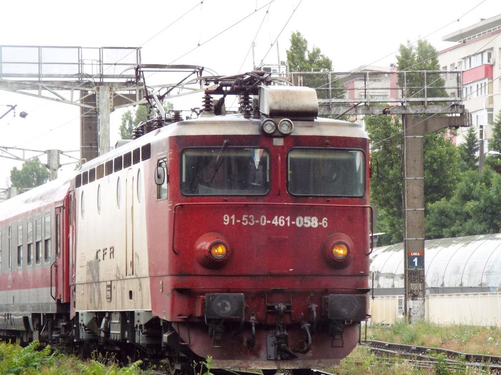 Locomotive clasa 46 - Pagina 57 46-058_1835_zpsxrvg9so1