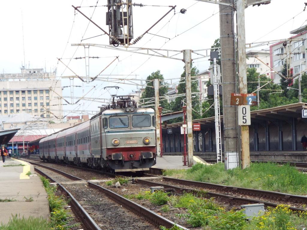 Trenuri Interregio  Ir1593_zps2py8ph3w