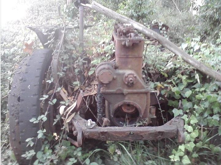 Coches abandonados en Podes(Avilés) Sintiacutetulo