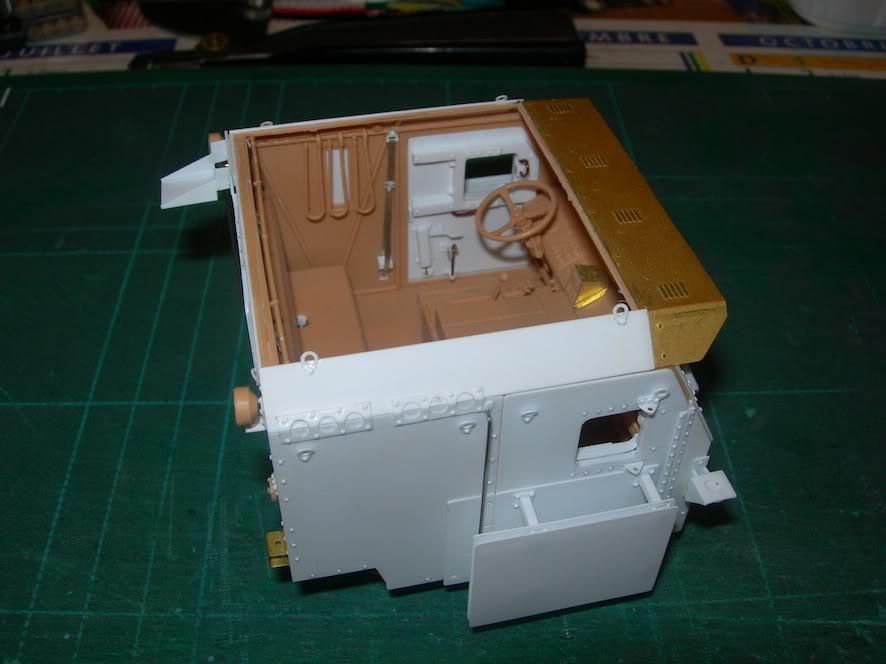 M1070 cabine blindée DSCN5030