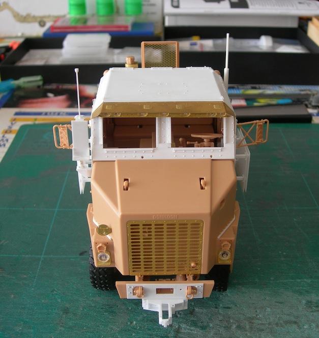M1070 cabine blindée DSCN5099