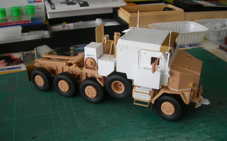 M1070 cabine blindée DSCN5100