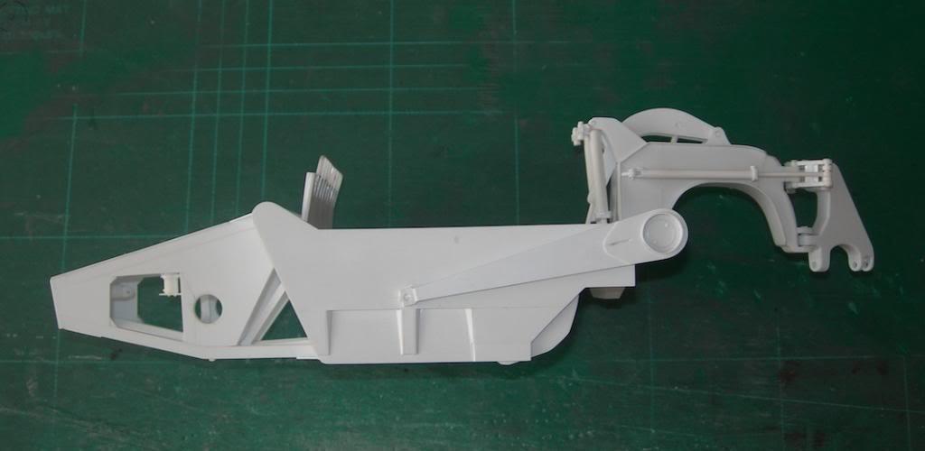 M1070 cabine blindée DSCN5221_zpsf095079d