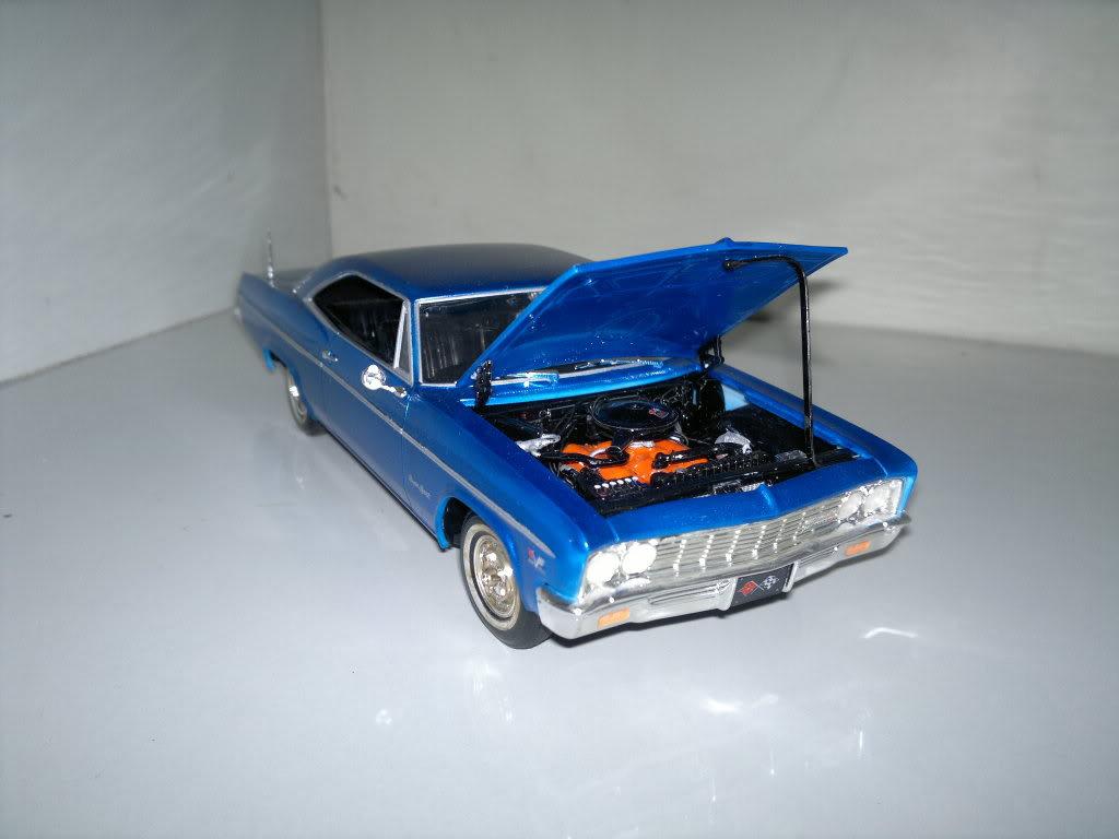 Chevy 66 ss motor 396 >Revell 1/25 2012-03-23-103