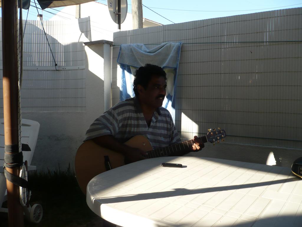 Acoustic Corner SLO1