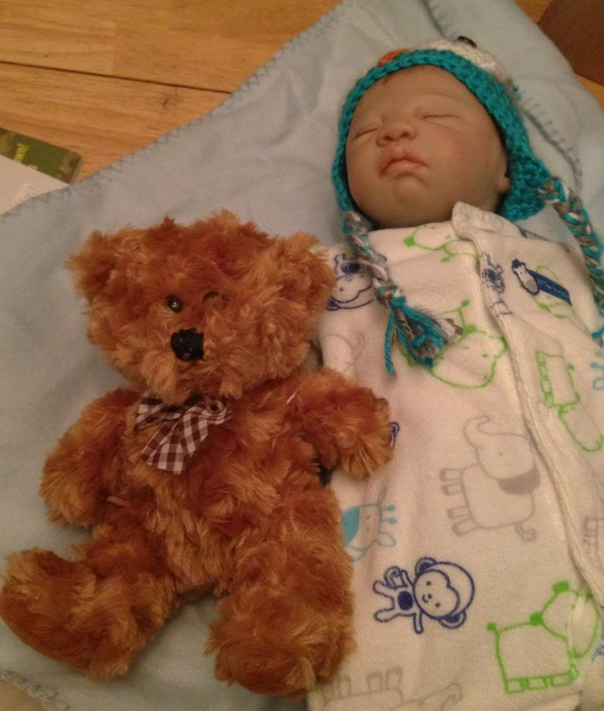 I'm a new mommy!   72e04980-9a01-4291-8bbf-a622a23db153_zps86f85e8a