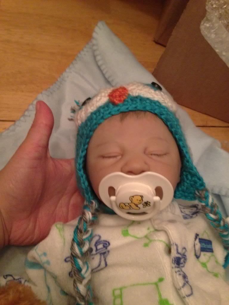 I'm a new mommy!   95d74209-e845-4037-a6b1-a011900ce8d4_zps76106d16