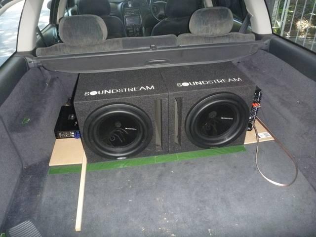 Slug08 LS1 VX BERLINA WAGON P1000605