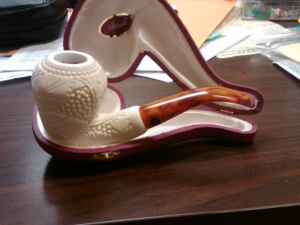 What are you smoking? - Page 2 Pipe2