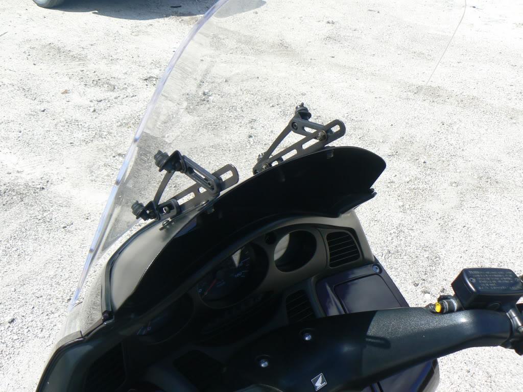 Madstad Engineering adjustable windshield P1070545