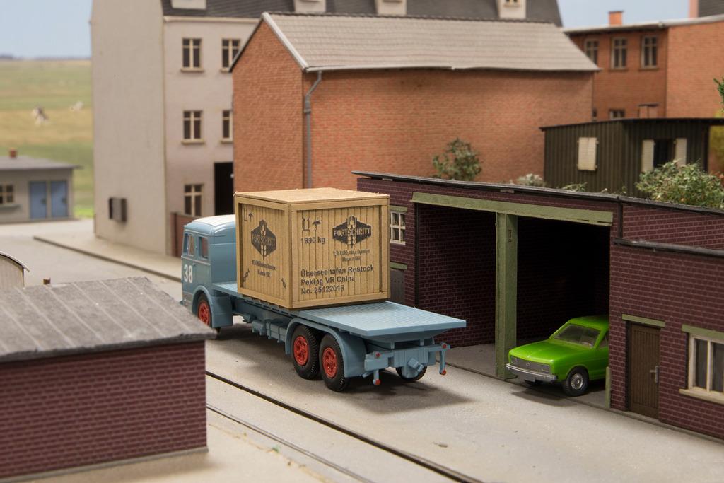 Joswood Transportkisten NH 40150-Kiste-klein-mit-Rahmen-Fortschritt_klein_WEB_zpsu1qfnzwg