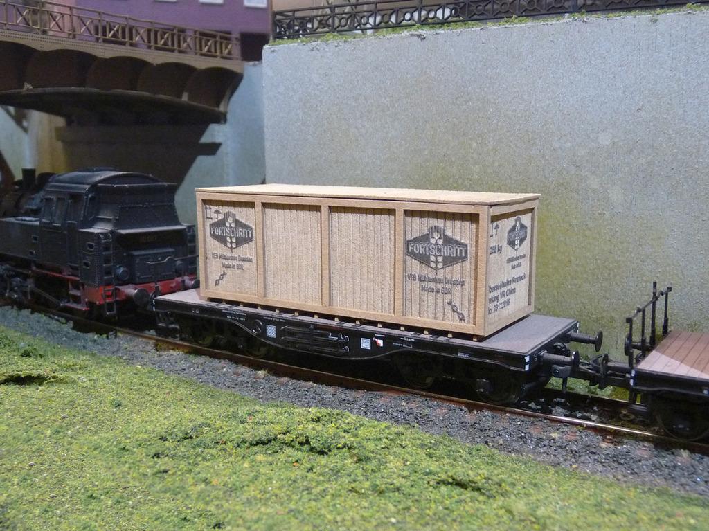Joswood Transportkisten NH 40151-Kiste-gro-mit-Rahmen-Fortschritt_klein_WEB_zpsdj0ltlat
