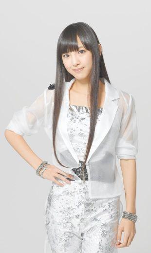 Iikubo Haruna (sub-capitã) Iikubo55single_zpse2b426ea