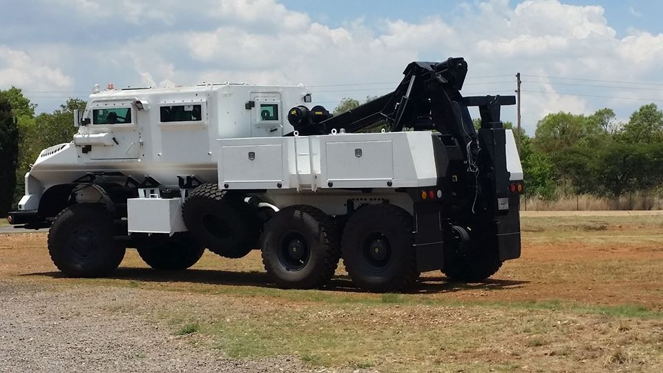 South African Armoured Vehicles New%20casp%202000%206x6_01