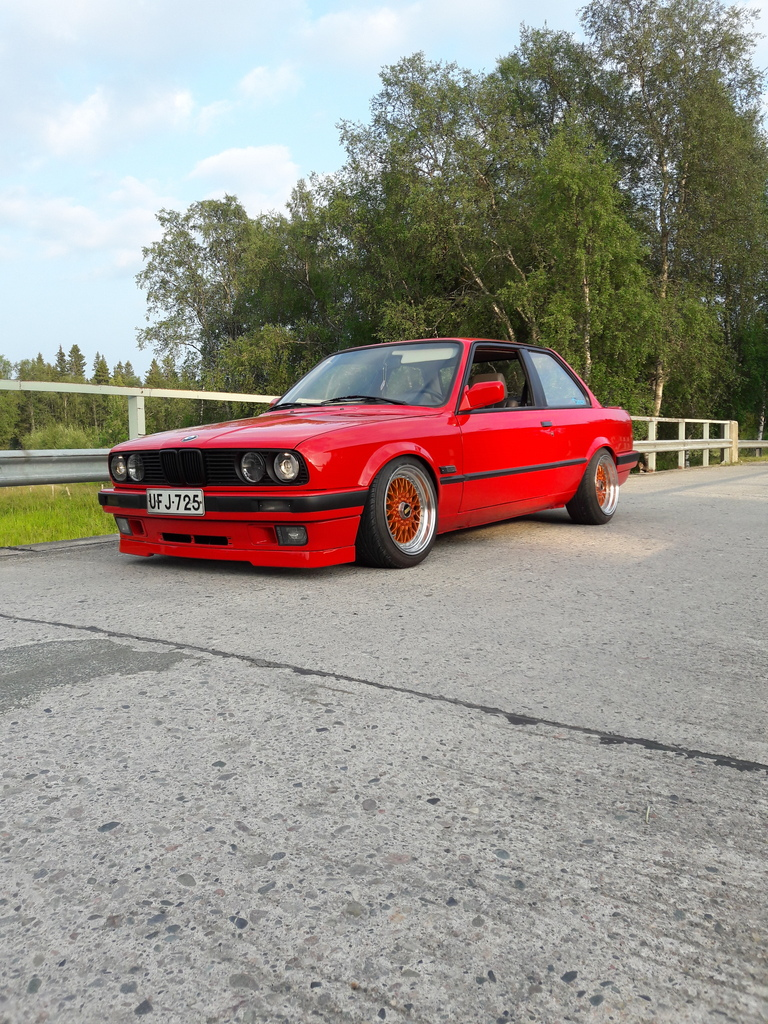 petezki: BMW E30 Brillantrot 20160723_200843_zpsgshofu6d