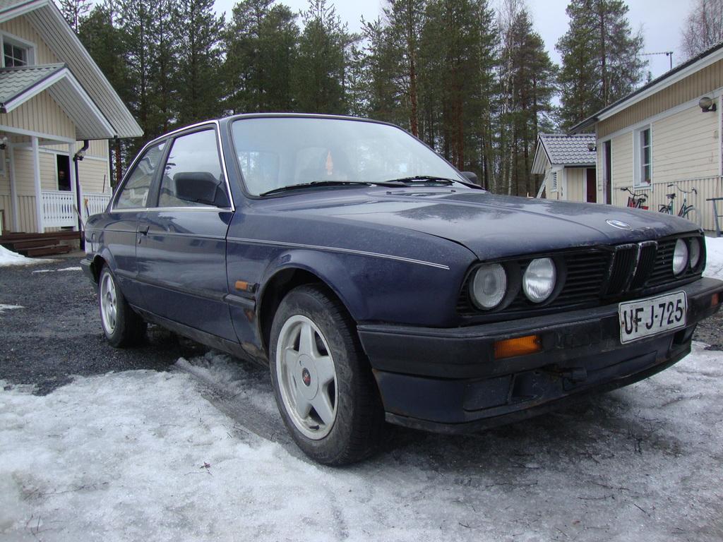 petezki: BMW E30 Brillantrot DSC07746_zpsjwzigxzd