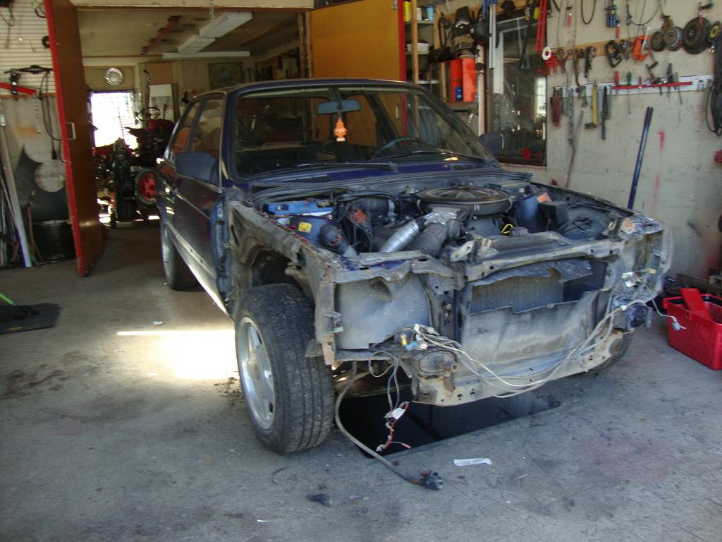petezki: BMW E30 Brillantrot DSC07749_zpsub8azyxw
