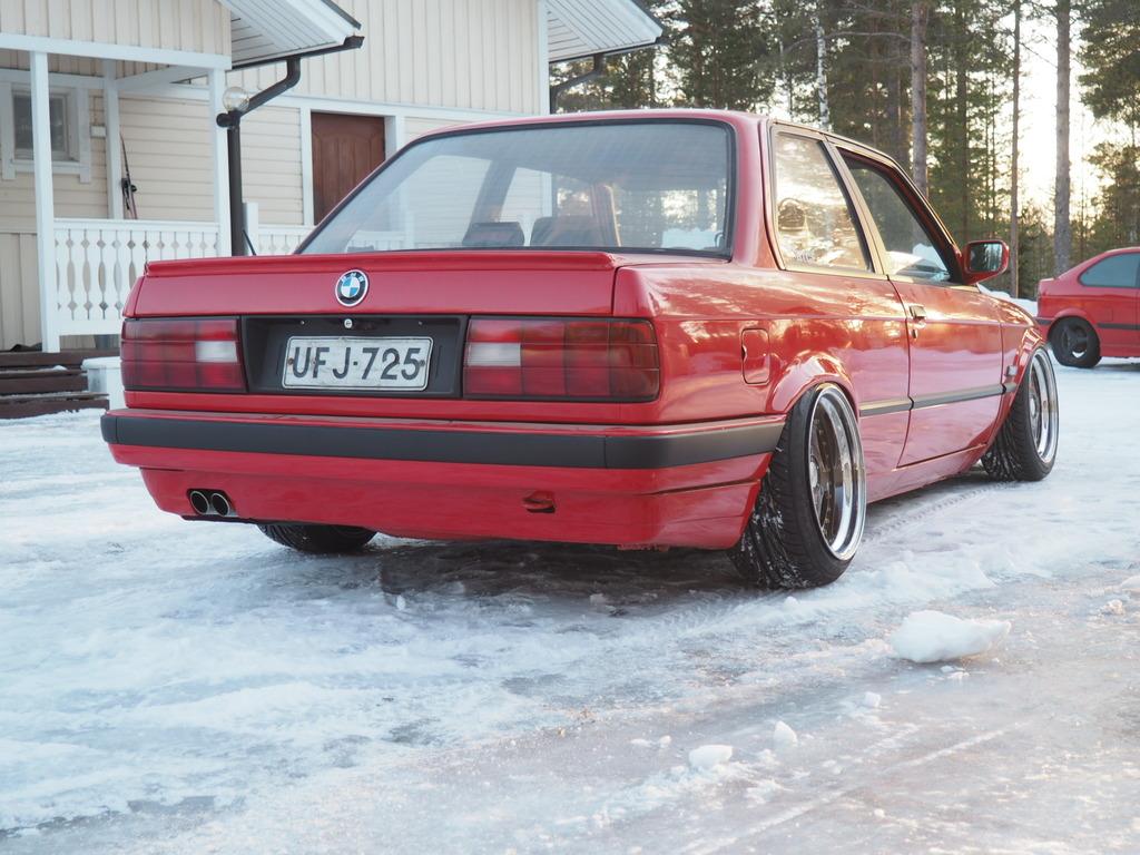 petezki: BMW E30 Brillantrot - Sivu 2 OI000026_zpstnhrlsqq