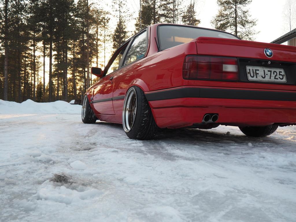 petezki: BMW E30 Brillantrot - Sivu 2 OI000044_zpsgpeljbez