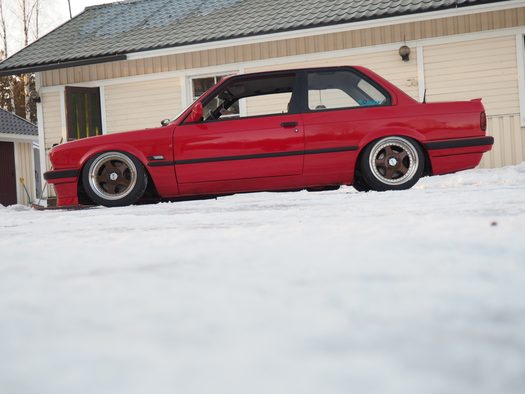 petezki: BMW E30 Brillantrot - Sivu 2 OI000052_zpsdlmulw1v