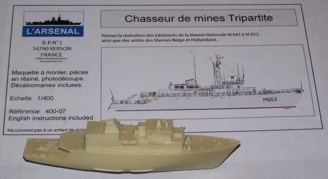 CHASSEUR DE MINES TRIPARTITE (1:400) 100_4089